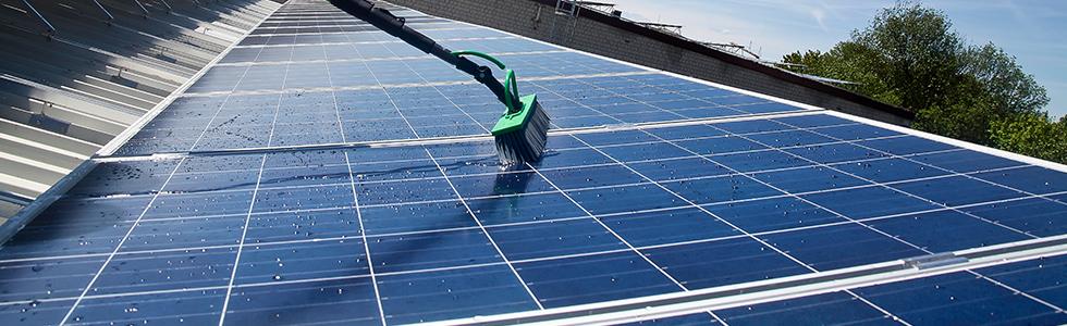 Reinigung der Photovoltaikanlage in Langweid bei Augsburg